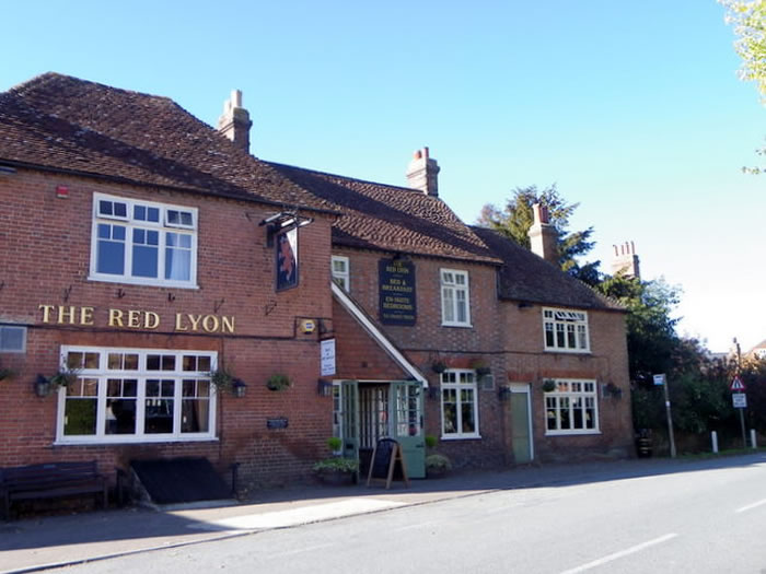 The Red Lyon, Slinfold